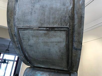 Important OCULUS en zinc partiellement doré (monté en lampe de vestibule) Fin XIXe...