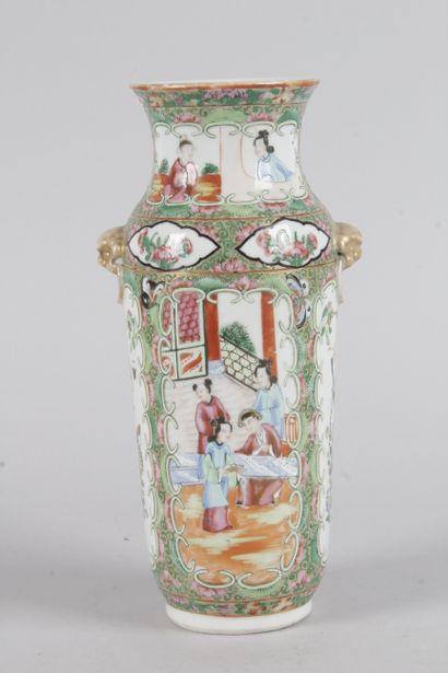 Canton Vase cylindrique en porcelaine à deux...