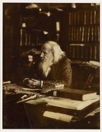 MENDELEÏEV DMITRI (1834-1907)  Portrait au...