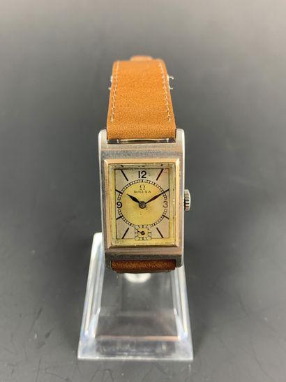 OMEGA T17 Vers 1930/1940. Réf. de fond de...