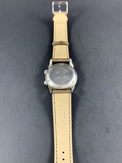 BREGUET MONTRE A SONNERIE  Ref : 3463 Circa 1965. Rare montre bracelet avec fonction...