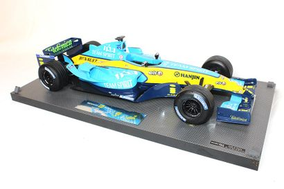MAQUETTE RENAULT F1 WORLD CHAMPIONSHIP 2005