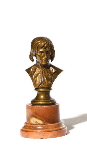 Louis ROCHET, d'après, Bonaparte en buste...