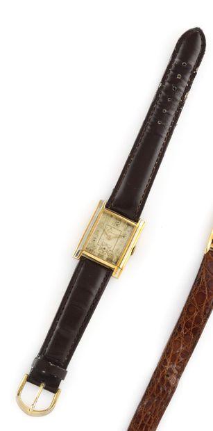 DEESSE About 1920. Men's wristwatch in 18K...