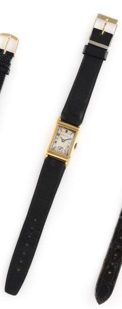 RECORD WATCH & Co - Genève Vers 1940. Réf: n°199672. Montre en or jaune 750/1000,...