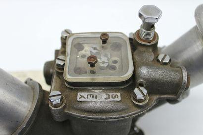 CARBURATEUR SOLEX Carburateur Solex double corps à deux papillons, deux trompettes...