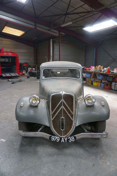 1949 CITROEN 11B 979A Y 38 - Numéro de série :163920  Numéro de carrosserie : EP...