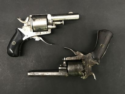 Pistolet BULLDOG  Calibre 320  Manufacture...