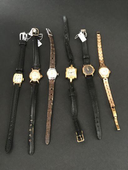 Lot de six MONTRES de dame  bracelets cuir...