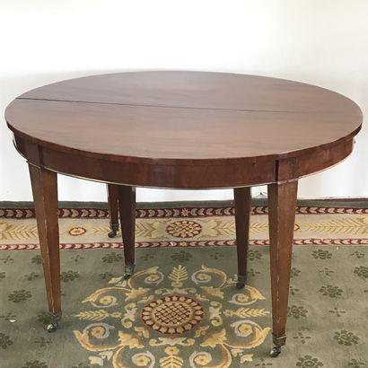TABLE DE SALLE A MANGER  en acajou et placage...