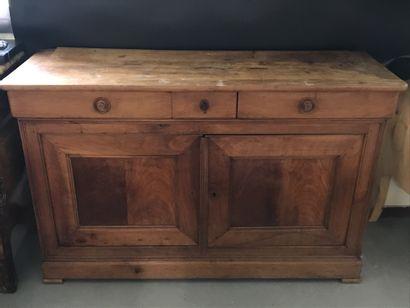ENFILADE  en bois naturel par trois tiroirs...