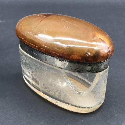 DREW & SONS PICADILLY CIRCUS  Necessaire de toilette en verre taillé à décor de...