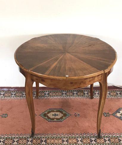 Petite TABLE  de style Louis XV en bois de...