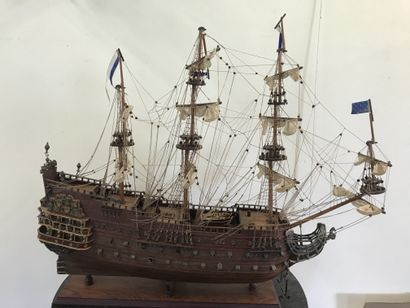 MAQUETTE DE BATEAU  Le Soleil Royal 1669...