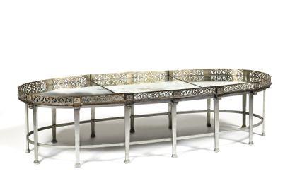 * TABLE BASSE constituée à partir d'un surtout...
