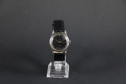 LIP VERS 1970. Réf : 566XXXX. Montre bracelet...