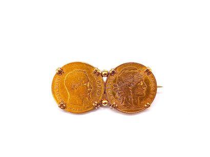 BROCHE en or jaune 18K présentant deux pièces...