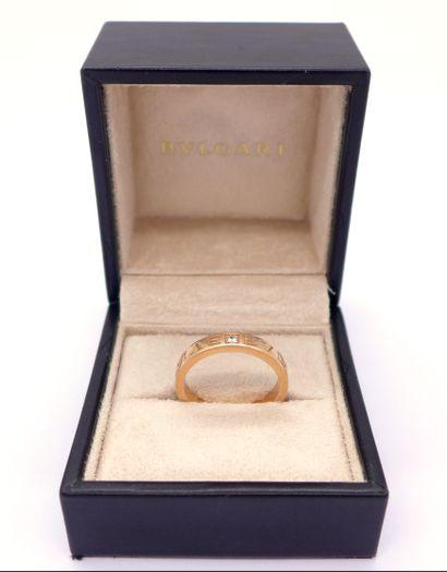 BULGARI BAGUE en or rose 18K ornée d'un diamant...