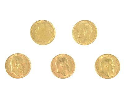 PIÈCES en or jaune. Ensemble de cinq pièces....