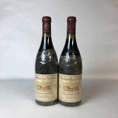 2 bouteilles CHÂTEAUNEUF DU PAPE 1997 Château...