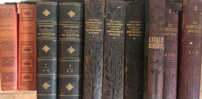LOT DE LIVRES on history and cinema as well as a collection of Victor Hugo and D...