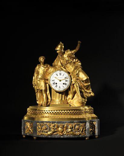 GRANDE PENDULE en bronze doré et marbre bleu...