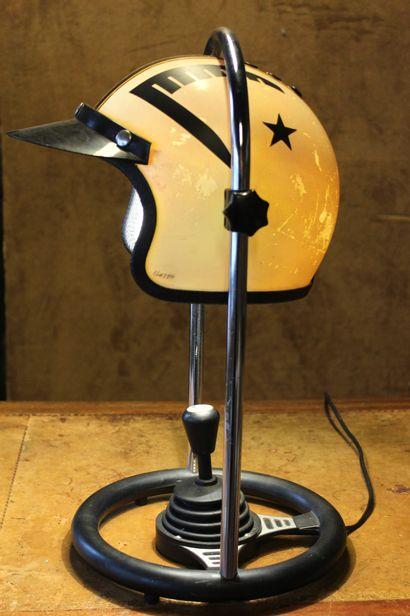 LAMPE DESIGN DE F.F. LEUCHTEN  Fabriquée...