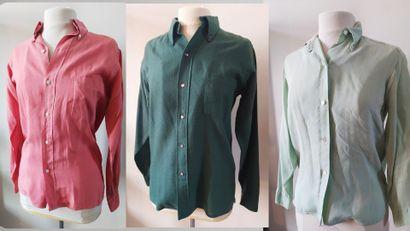 HERMES PARIS  Ensemble de trois chemises...