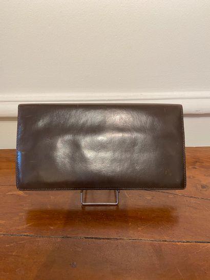 HERMES PARIS  Pochette en cuir box marron...