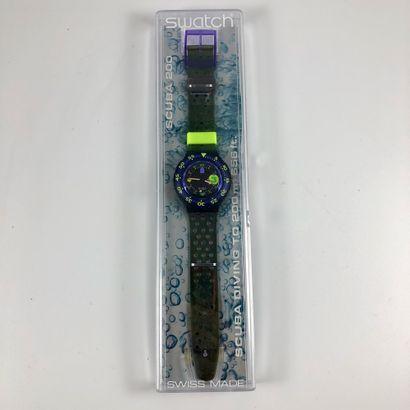 """SWATCH  Vers 1991.  Réf: SDB101.  Montre bracelet type scuba modèle """"Captain Nemo""""...."""