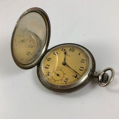 GOUSSET LIP A CLAPET. VERS 1910. Réf 606831....