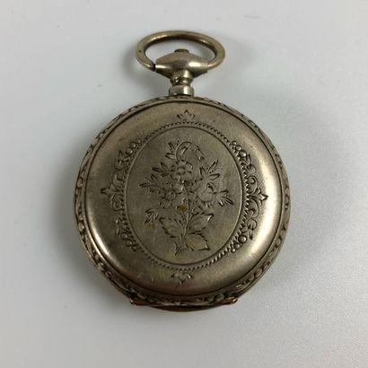 Montre de gousset argent  Vers 1880  Boite en argent, mécanique à remontage manuel...