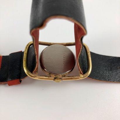 LIP Vers 1970. Réf: 576XXX. Montre bracelet pour dame en plaqué or jaune. Boitier...