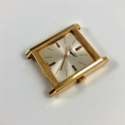 LONGINES VERS 1960. Réf : 7343 6 XX. Montre bracelet en or jaune 18K, boîtier carré,...