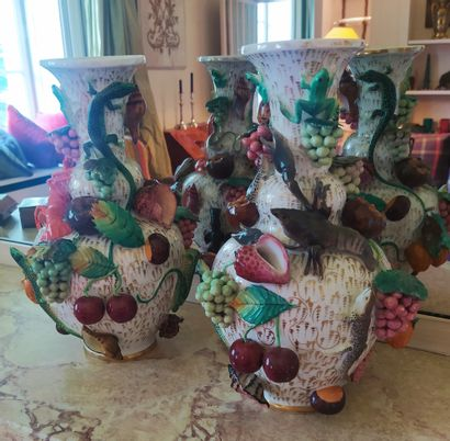 Jacob PETIT (1796-1868) Paire de vases de...