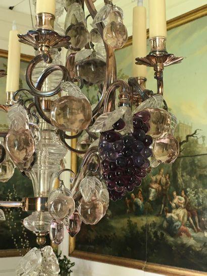 LUSTRE en bronze argenté à neuf branches de lumière ornées de grappe de raisin,...
