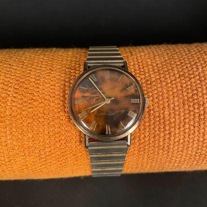 ENICAR Montre bracelet en plaqué or. Cadran...