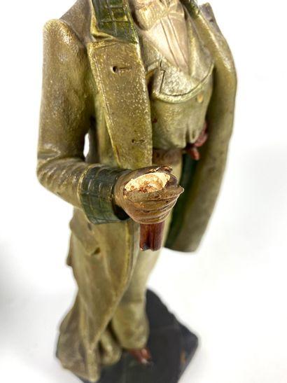 MANUFACTURE BERNARD BLOCH (1836-1909) Couple d'élégants Paire de statuettes en plâtre...