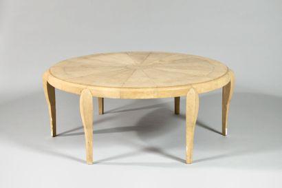 ANDRE GROULT (1884-1967), Dans le goût de Table basse à plateau circulaire à décor...