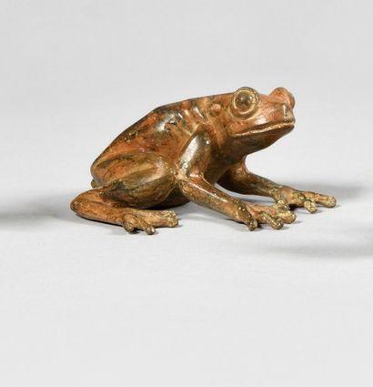 PIERRE CHENET (XXe) Grenouille Bronze à patine...