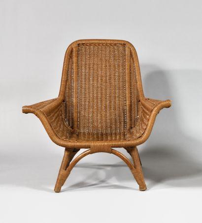 TRAVAIL DES ANNEES 1960 Grand fauteuil en...