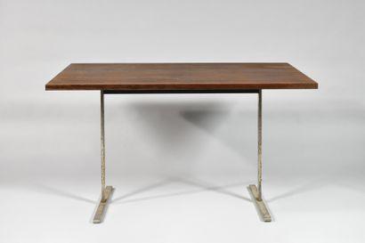 TRAVAIL DANOIS DES ANNEES 1960 Table à plateau...