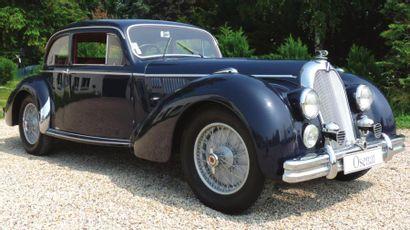 1951 TALBOT T26 Lago Record «Surprofilé» Tout comme la Renault 4 CV, la nouvelle...