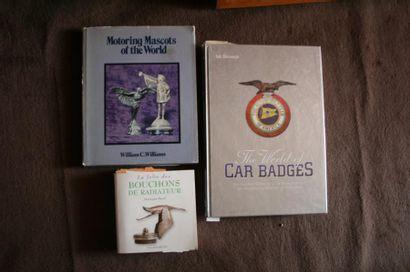 Un lot de 3 livres sur les bouchons et emblèmes...