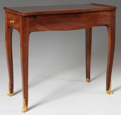 TABLE A ECRIRE en acajou et placage d'acajou,...