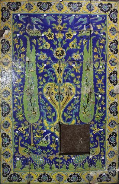 Panneaux au jardin idyllique Ce panneau est compose de carreaux de revetement mural...