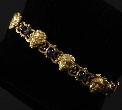 BOUCHERON BRACELET en or jaune aux motifs...