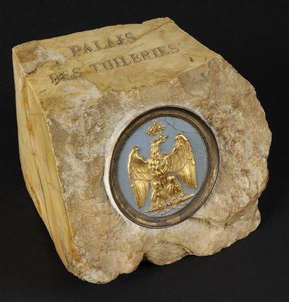 (*)Palais des Tuileries. Morceau de marbre...
