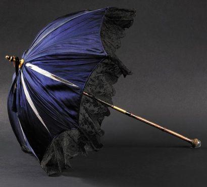 Ravissante ombrelle ayant appartenue à la...
