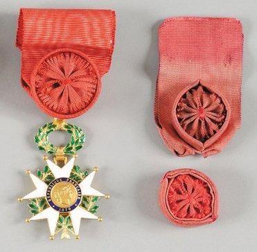 ORDRE DE LA LEGION D'HONNEUR Etoile d'officier...